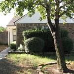 10/27/2009 Rental Home Landscape (18)